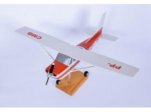 Maquete do avião Cessna 150